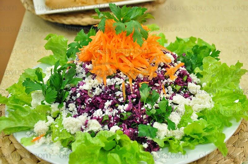 Lor Peynirli Kırmızı Lahana Salatası Tarifi Kolay Yapımı