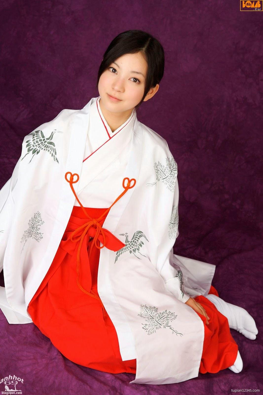 maari-nakashima_1-110F5105423