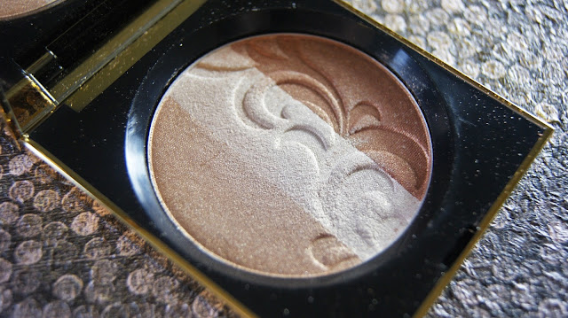 Elizabeth Arden Beautiful Color Highlighter in Gold Illumination