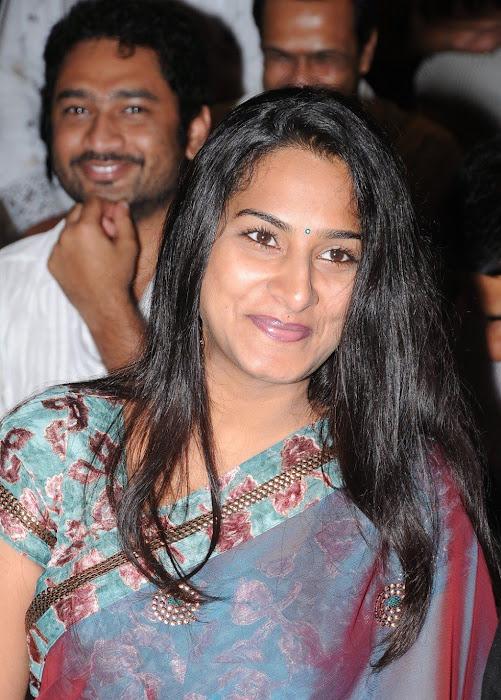surekha vani saree actress pics
