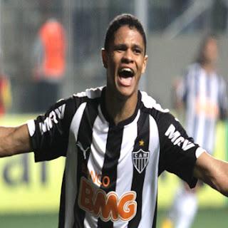 Douglas Santos Atlético MG