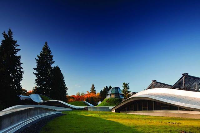 02-VanDusen-Botanical-Garden-visitantes-Centre-por-Perkins-Will