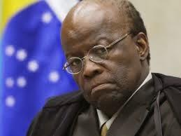 Juízes deixam de aplicar leis contra corrupção por medo de ficar sem promoção, diz Joaquim Barbosa