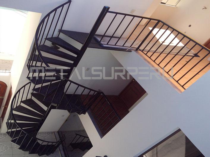 Escalera coberturas met licos arequipa - Escaleras de techo ...