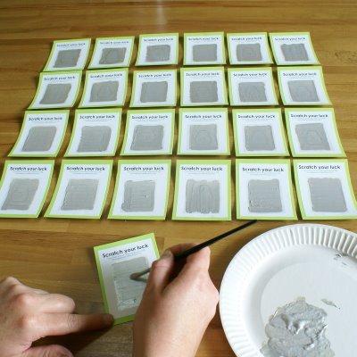 ya podemos regalar las tarjetas y a rascar d - Regalos Manuales Originales