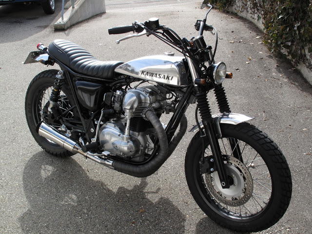 Kawasaki W650 street tracker | Kawasaki W650 | street tracker photos | street tracker parts | Custom street tracker photos