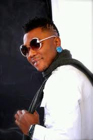 oritse femi father dies