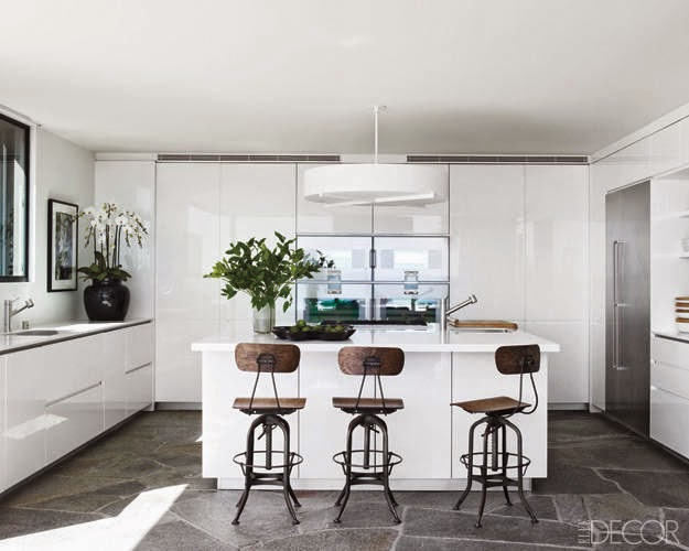 Kitchen and Residential Design: Five gorgeous celebrity kitchens to on kitchen paint, kitchen remodel, kitchen sink, kitchen design, modern kitchen ideas, diy kitchen ideas, kitchen decorating ideas, kitchen flooring, white kitchen ideas, kitchen cheap makeovers, kitchen ideas for small kitchens, kitchen concepts, kitchen island, kitchen ceiling ideas, kitchen wallpaper, kitchen backsplashes, kitchen remodeling ideas, kitchen painting ideas, kitchen floor ideas, home ideas,