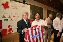 Se subasta camiseta del Atlético de Madrid