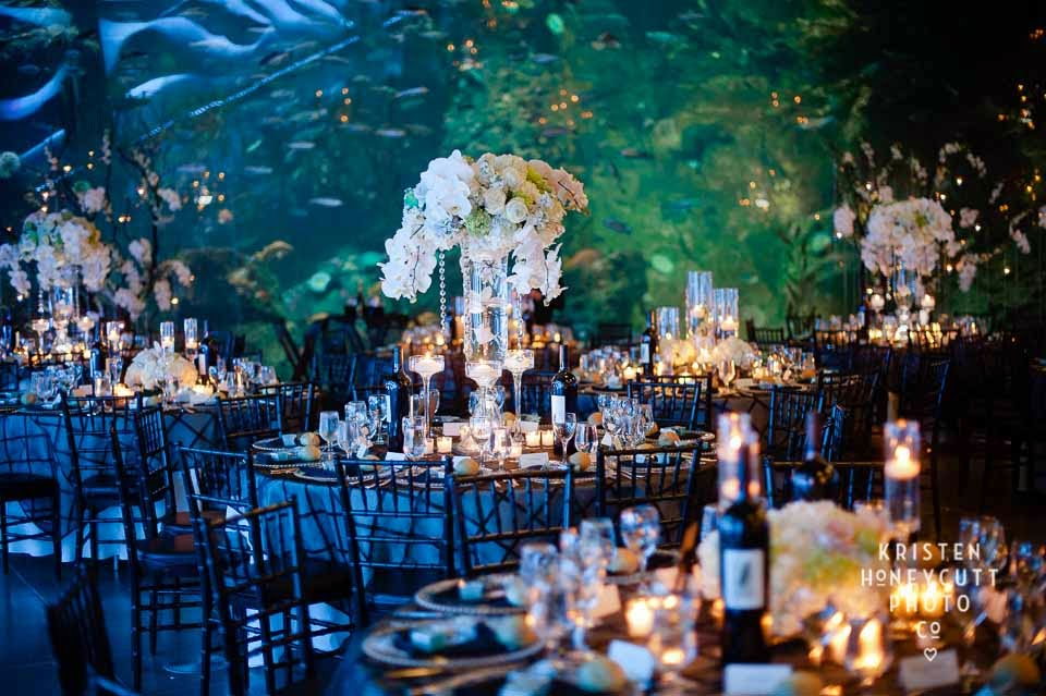 Seattle best wedding flowers, stunning real wedding at the Seattle Aquarium