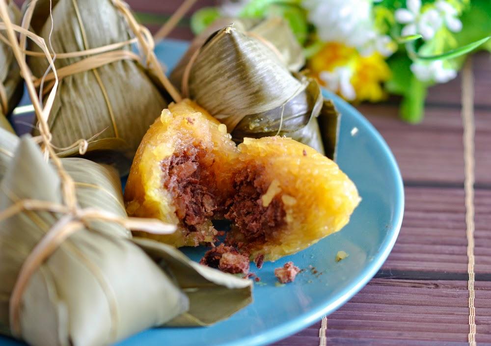 Kee Chang/ Kan Sui Chang/ Lye Water Red Bean Dumpling