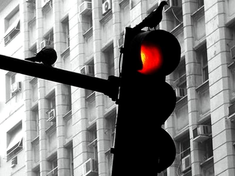 http://2.bp.blogspot.com/-aFqOVKsd2h8/TsmjhMgSvEI/AAAAAAAABpw/KK-8AzdB-W4/s1600/sinal-vermelho.jpg