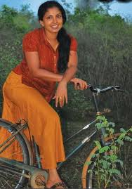 Dilhani-Asokamala-hot-Srilankan-Actress-8