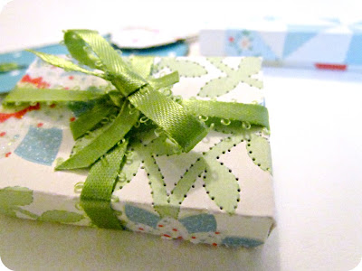 DIY Paper Boxes, DIY Gift Box, DIY Potpourri holder, Martha Stewart Stitched