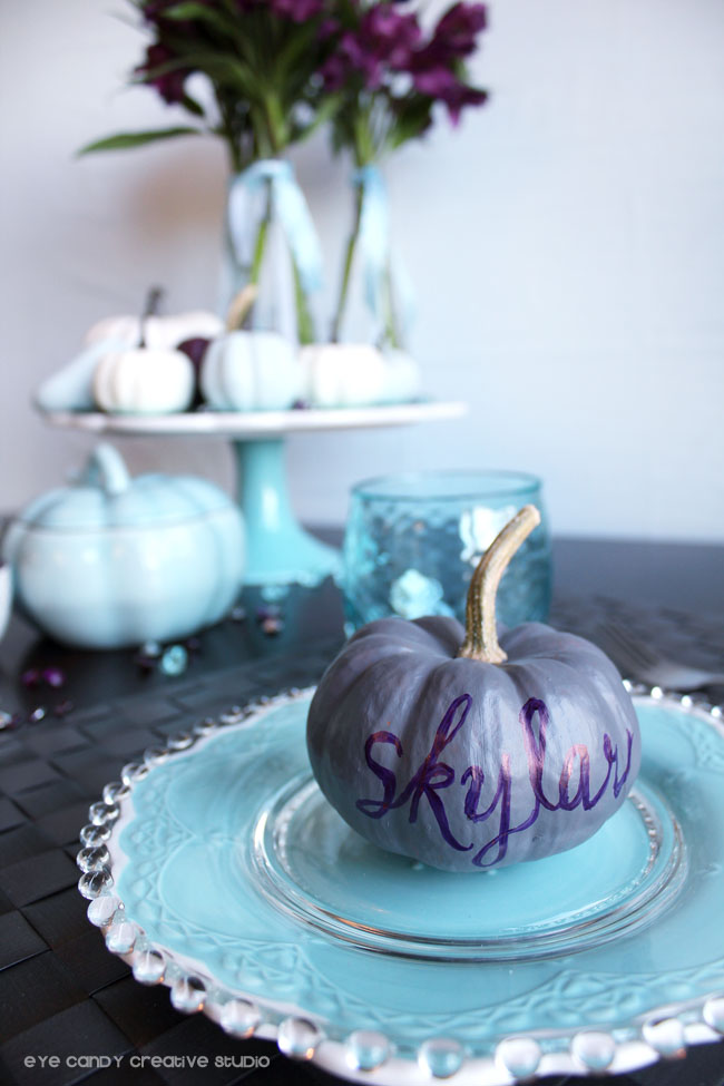 recycle halloween pumpkins to placecards, painted pumpkins, hand lettering