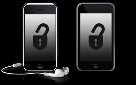 Apple Co-Founder  Supports Jailbreak