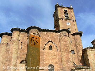 Santa María la Real de Nájera, en pleno Camino de Santiago.