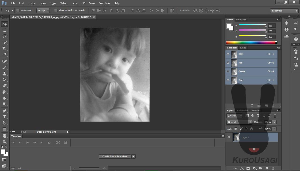 Photoshop Tutorial : Membuat Foto Menjadi Hitam Putih Dengan Sangat Mudah Dan Simple