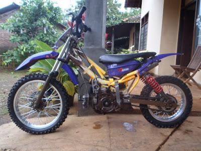 modifikasi motor bebek Yamaha F1ZR lawas jadi trail, modifikasi motor vega jadi trail