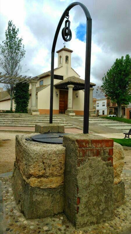 Madridejos historia y cultura popular agua solidaria en for Limpieza de pozos de agua