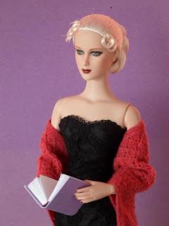 tonner doll reneé devereaux miniature book
