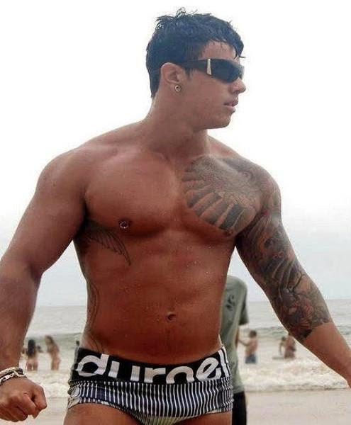 Rafael Muniz delicia do nosso Brasil - De Olho Na Mala