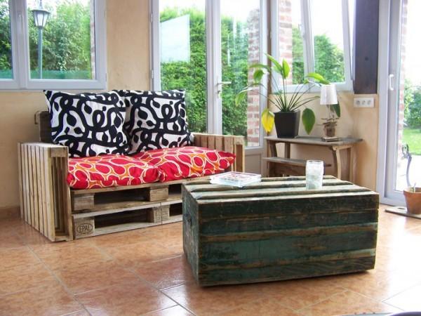 Sof muy f cil de hacer con palets y - Como hacer un sofa con palets ...