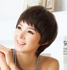 Potongan Gaya Rambut Pendek Wanita