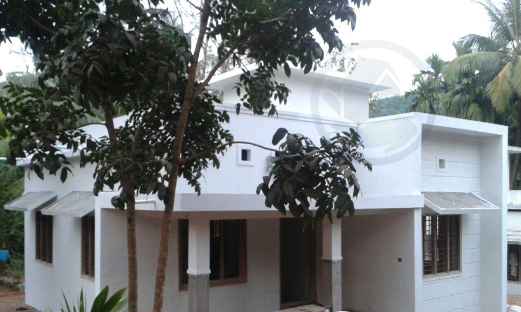 Beautiful kerala small budget home design free home plan for Small budget house plans in kerala