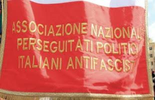 Fascista no, è il Funari del web