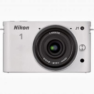 Nikon J1 Lensa Kit 10mm