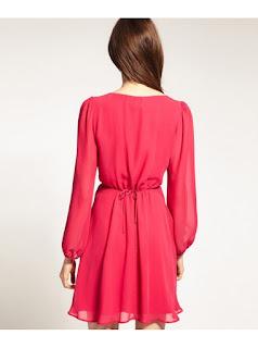 Vestido de gasa corte A con escote V y mangas largas