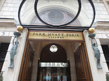 Lap Child Diaries Park Hyatt Paris Vend
