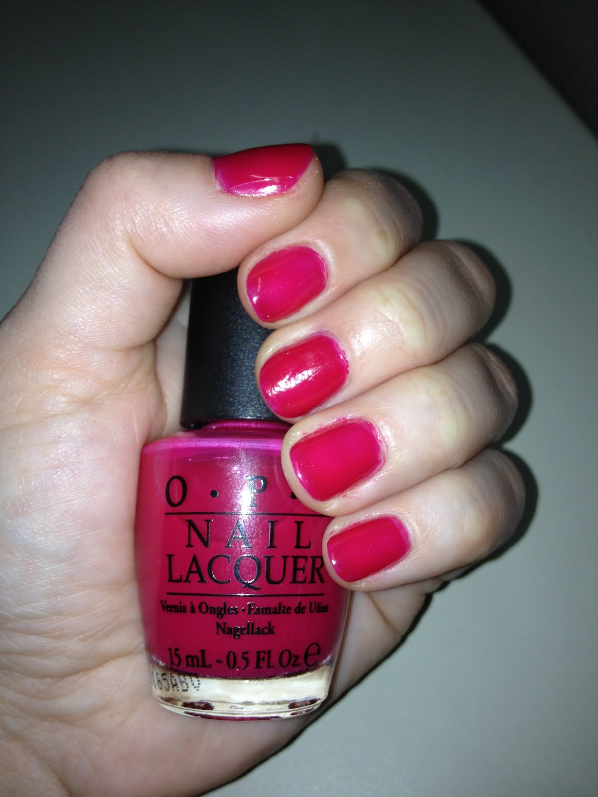 the beauty of life: mani of the week: opi too hot pink to hold 'em