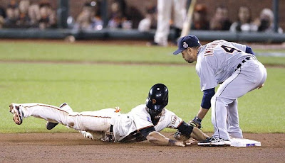 Angel Pagan steals 2nd base - World Series