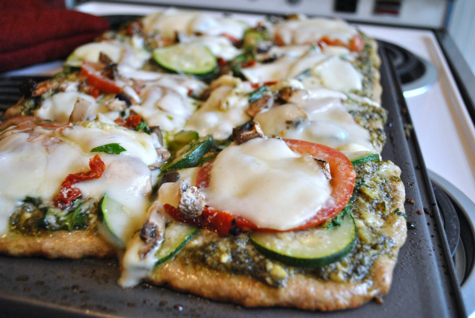 Kristin in Her Kitchen: Zucchini Pesto Pizza