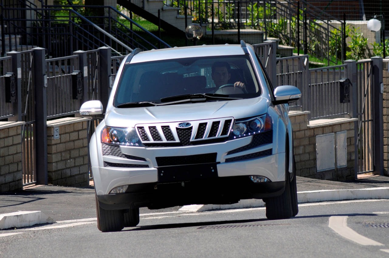 ... Best 2014 Mahindra XUV 500 Spy Photos High Resolution Big Size Images,  HD Wallpaper For YOu Download Mahindra XUV 500 Photos Online Car Wallpaper  No.