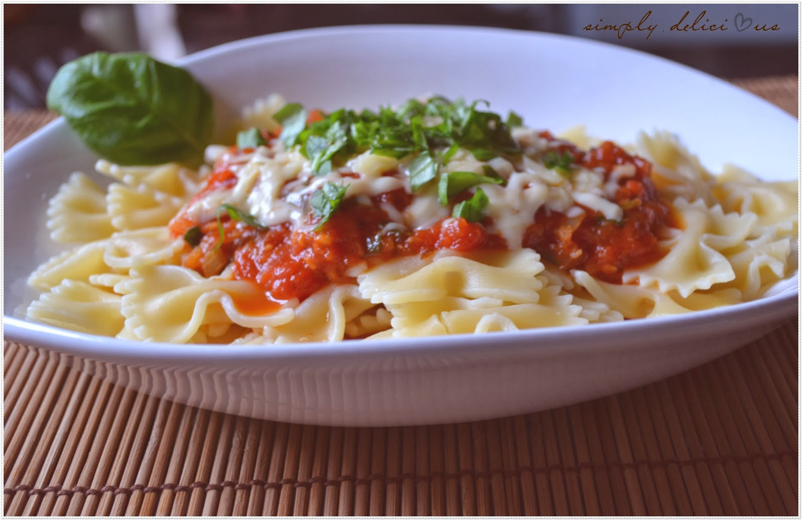 simply delicious farfalle mit tomaten basilikum so e own creation. Black Bedroom Furniture Sets. Home Design Ideas