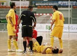 cara-mencegah-menghindari-cedera saat futsal