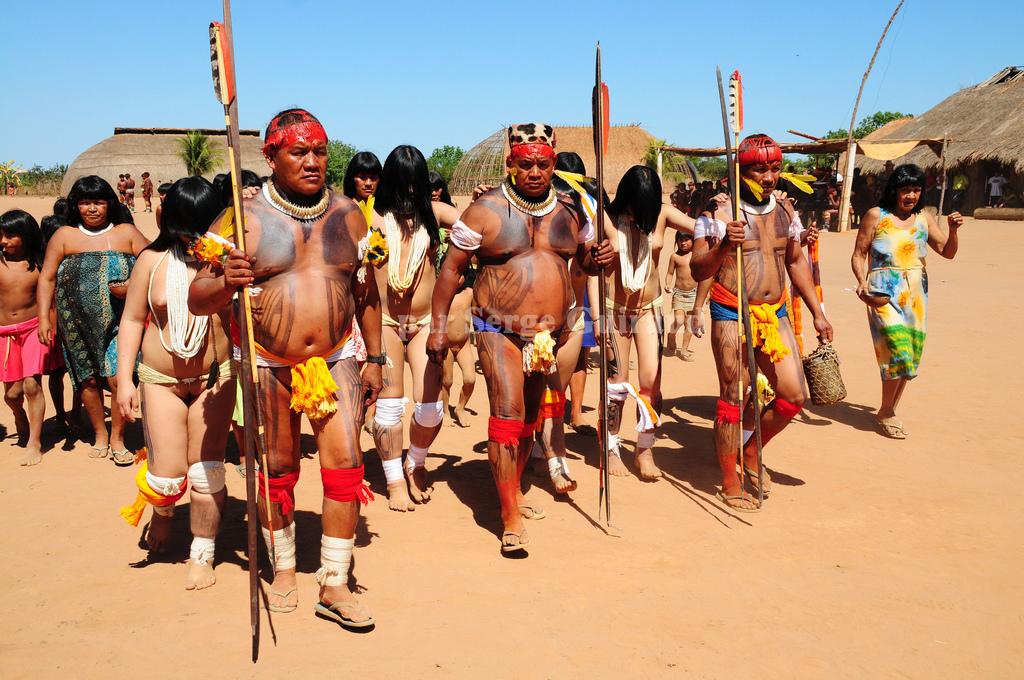 Khám phá bộ tộc thổ dân Yawalapiti thích ở truồng 5