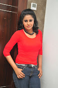 Anjana Menon stylish photos gallery-thumbnail-8