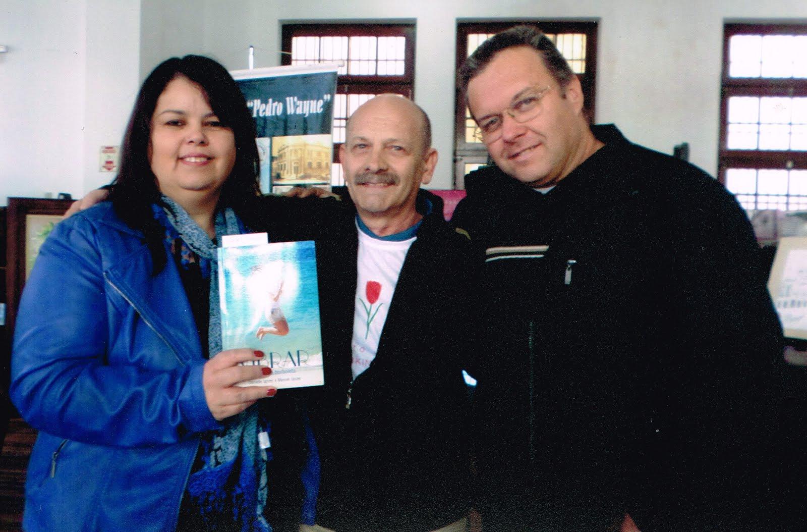 Manoel com Isabel Cristina e Rogério Ianzer