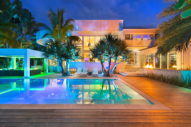 Luxury Mansions in Miami Florida