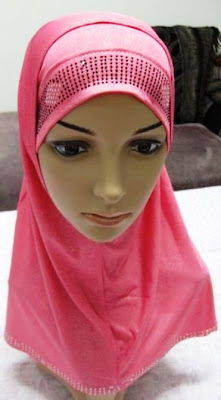 Hijab and Fashion Wallpaper
