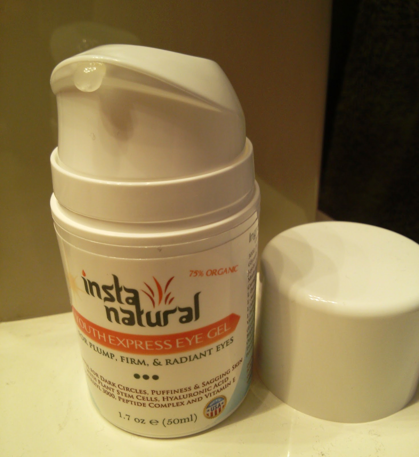 InstaNatural Youth Express Eye Gel Review