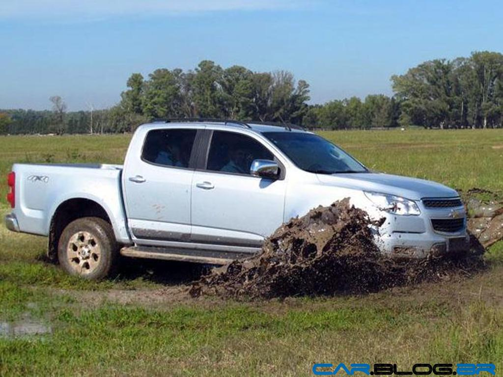 Chevrolet S-10 2013 LT Cabine Dupla custa R$ 81.326 reais na Argentina