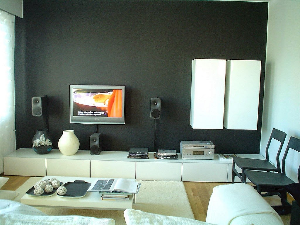 The Two D's of Home Advance - Architectonics and Decorate