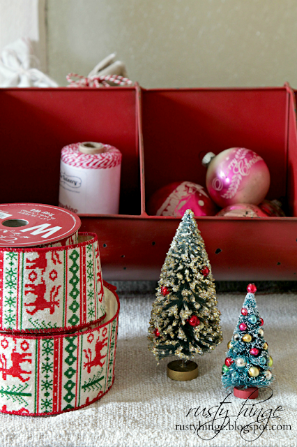 Decorating with Christmas ribbon