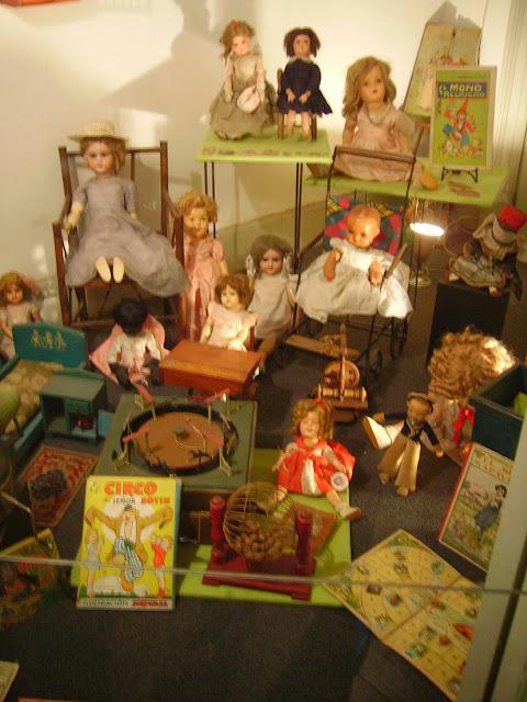 foto 2 - exposição de brinquedos - Museo de la Ciudad Buenos Aires