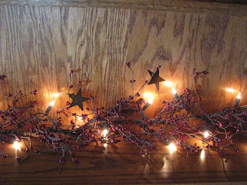 LIGHTED PIP BERRY GARLAND